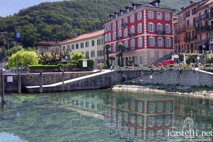 Hotel di lusso a cannobio lago maggiore alberghi di for Palazzo in stile messicano