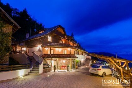 Chalet Grumer Suites & Spa - Trentino Alto Adige - Mountain lodge