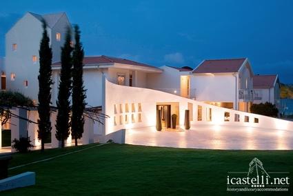 Coluccia Hotel & Beach Club