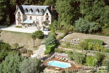 Château Les Hauts face au Mont Saint Michel