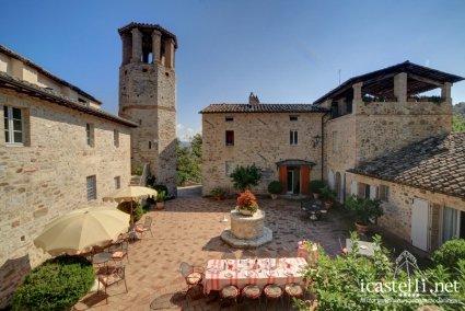 Le Torri di Bagnara Medieval Historic Villas