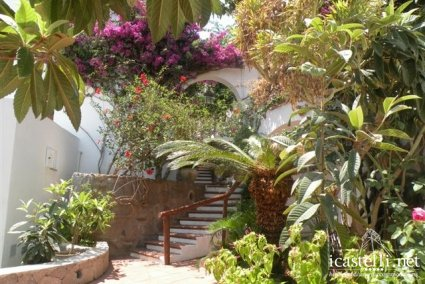 Camera Doppia vista giardino