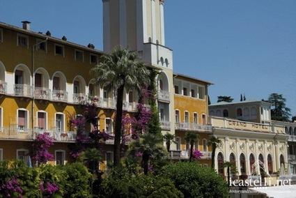 Grand hotel gardone a gardone riviera lago di garda for Palazzo in stile messicano