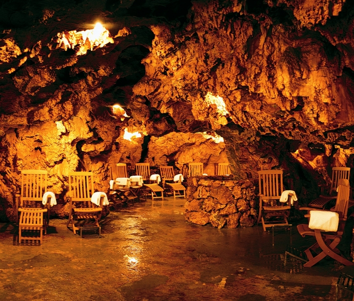 Grotta giusti resort golf spa weekend golf e pacchetti - Grotta giusti piscina ...