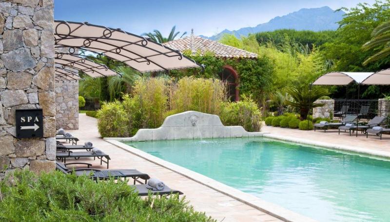 La signoria alberghi con spiaggia privata a calvi - Hotel con piscina privata grecia ...