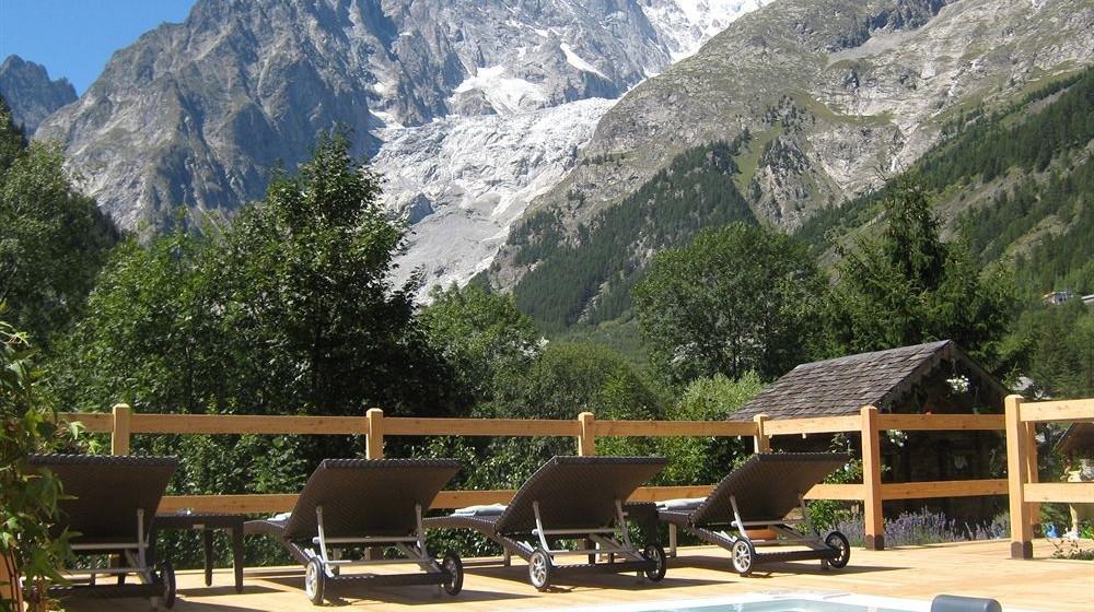 Auberge de la maison a courmayeur valle d 39 aosta for Auberge de retord maison bouvard