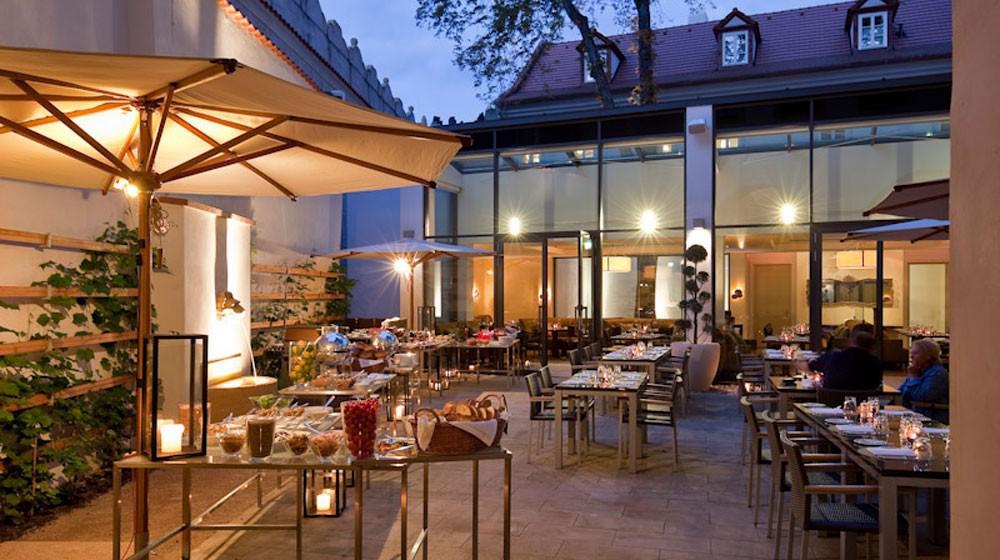 Buchen augustine a luxury collection hotel prague for Luxury hotels prague