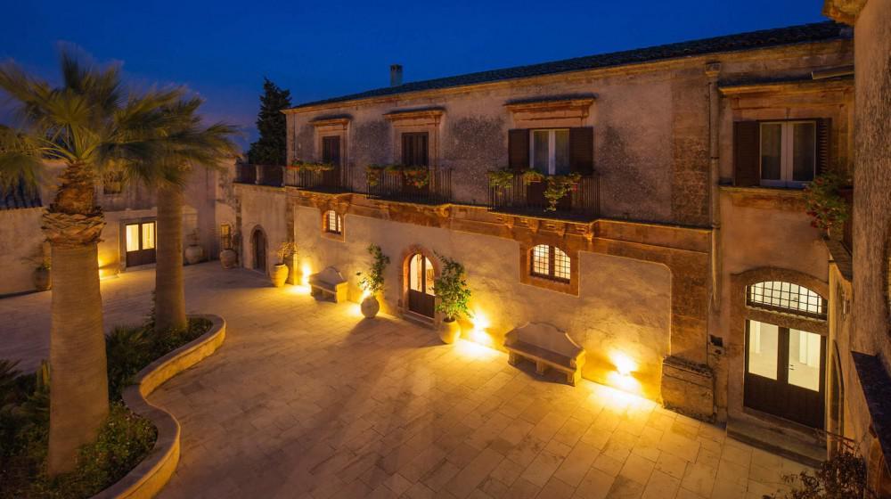 Borgo del Carato