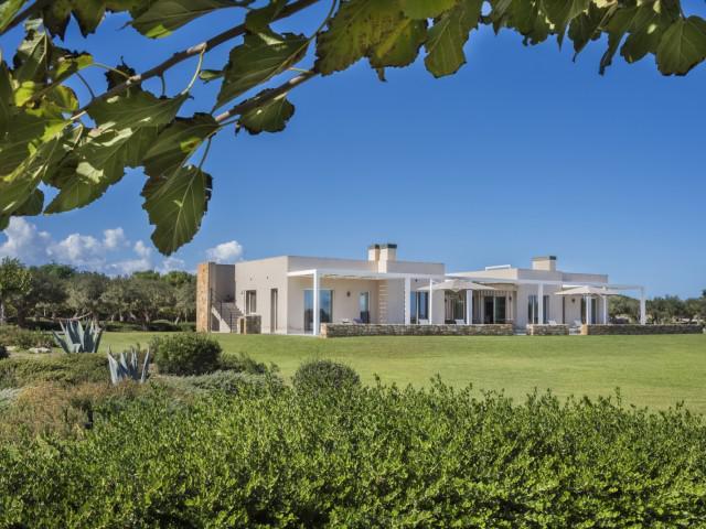 Exlcusive Villa Three-Bedroom