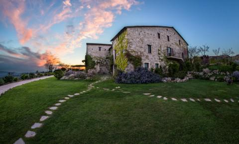 Castello di Petrata Country House