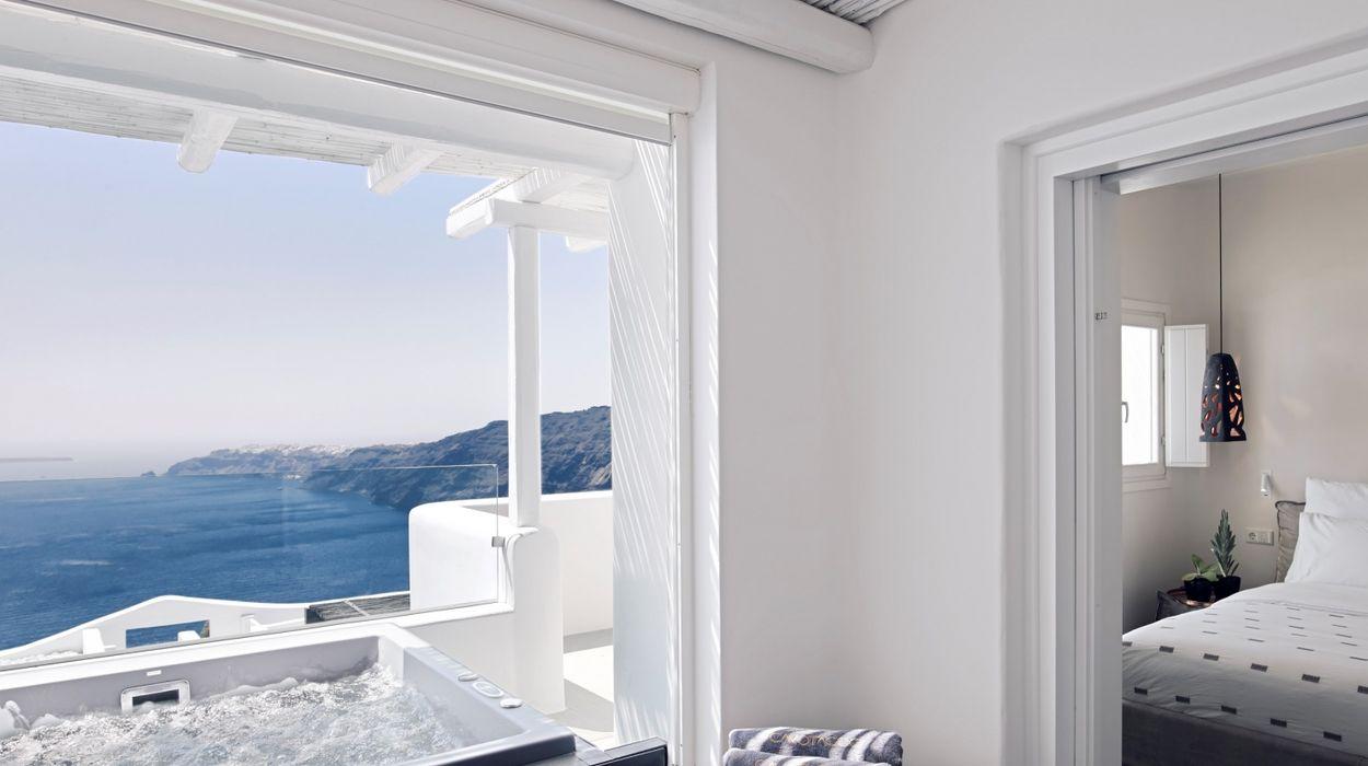 Cavo Tagoo Santorini