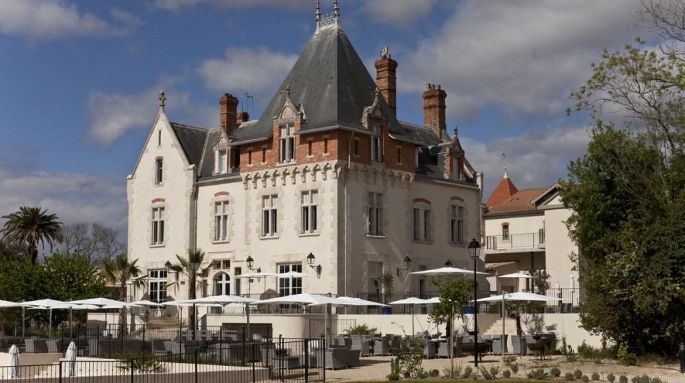 Chateau Saint Pierre de Serjac