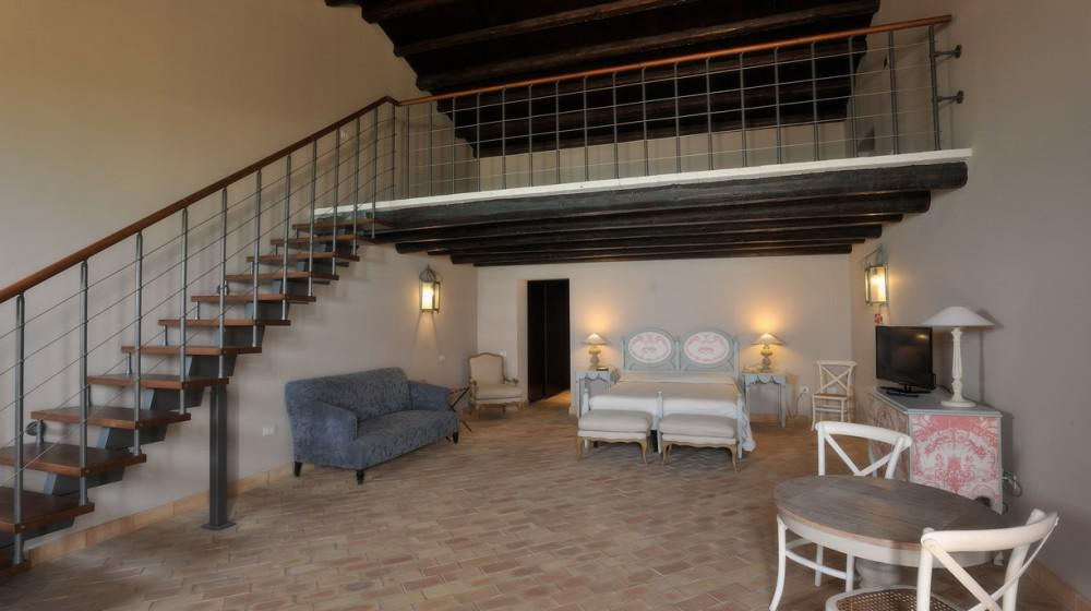 Falconara Charming House & Resort