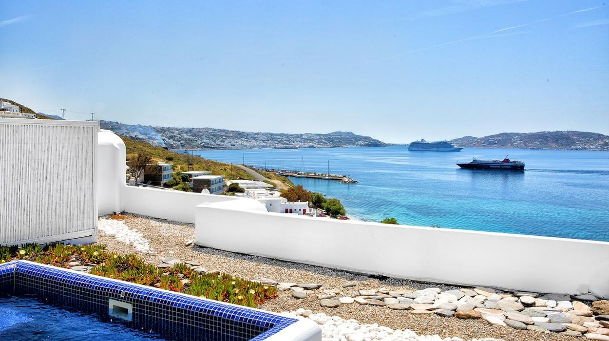 Grace Mykonos, Auberge Resorts Collection