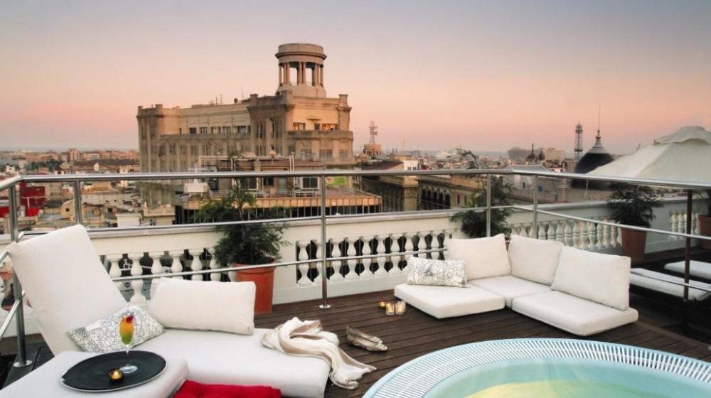 H10 montcada boutique hotel a barcellona catalogna for Migliori hotel barcellona