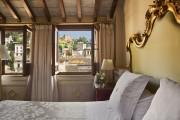 Deluxe room with Alhambra view