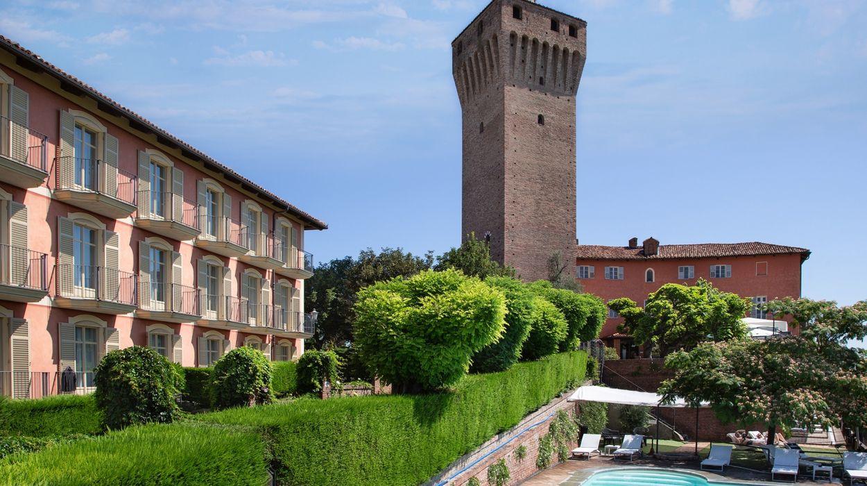 Castello Di Santa Vittoria D'Alba