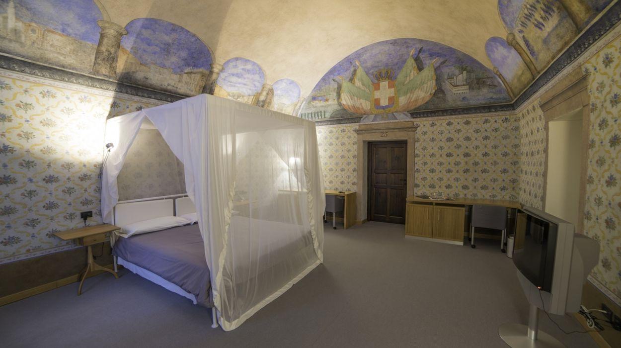 Hotel Cavour Et Des Officiers