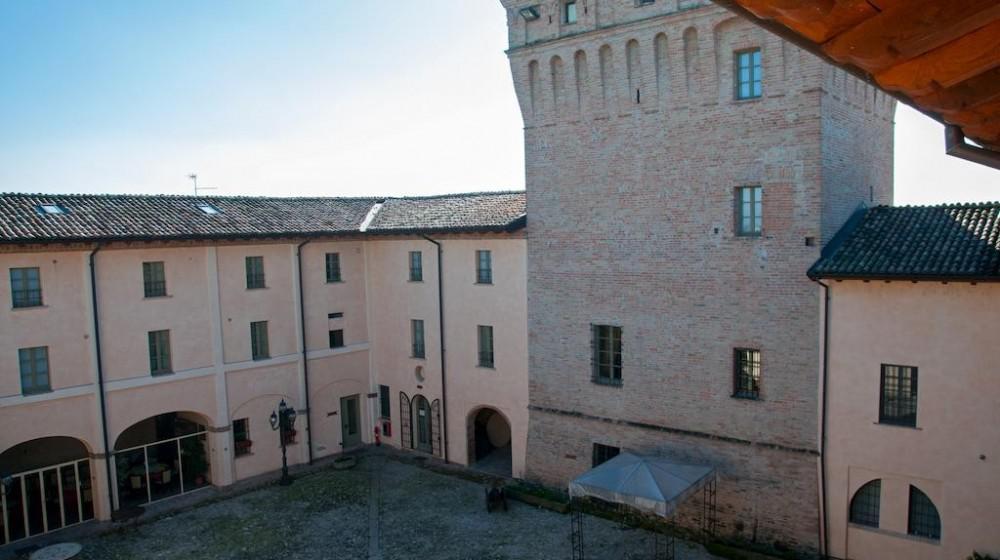 Castello Di Chiavenna Landi