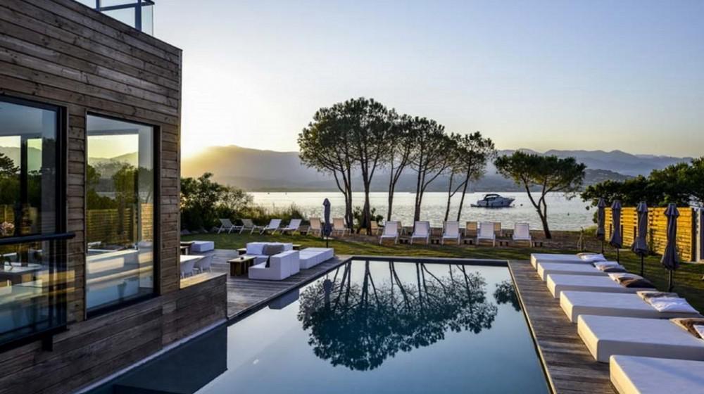 Hotel mariosa a porto vecchio corsica for Hotels corse