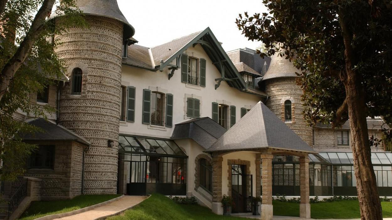 Hôtel Villa Navarre - Châteaux et Hôtels Collection