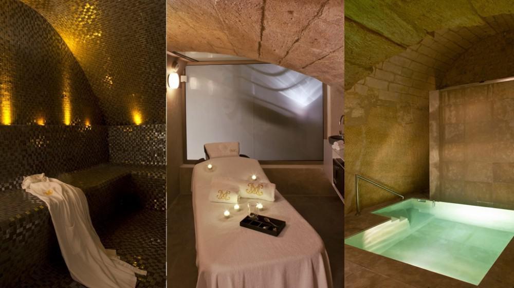 la maison d 39 uzes in uz s languedoc roussillon. Black Bedroom Furniture Sets. Home Design Ideas