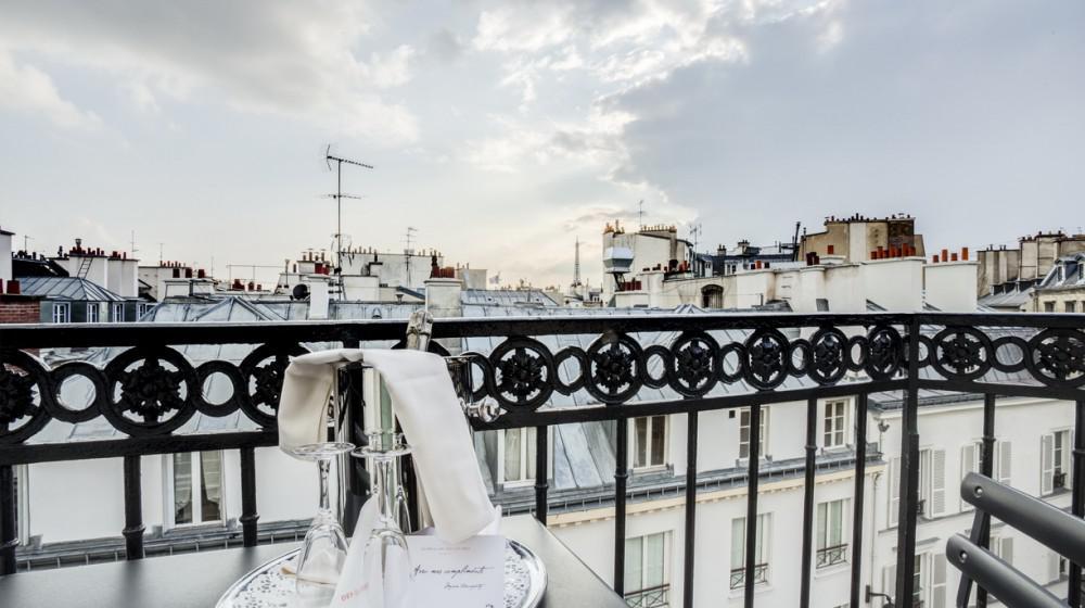le pavillon des lettres in paris paris ile de france. Black Bedroom Furniture Sets. Home Design Ideas
