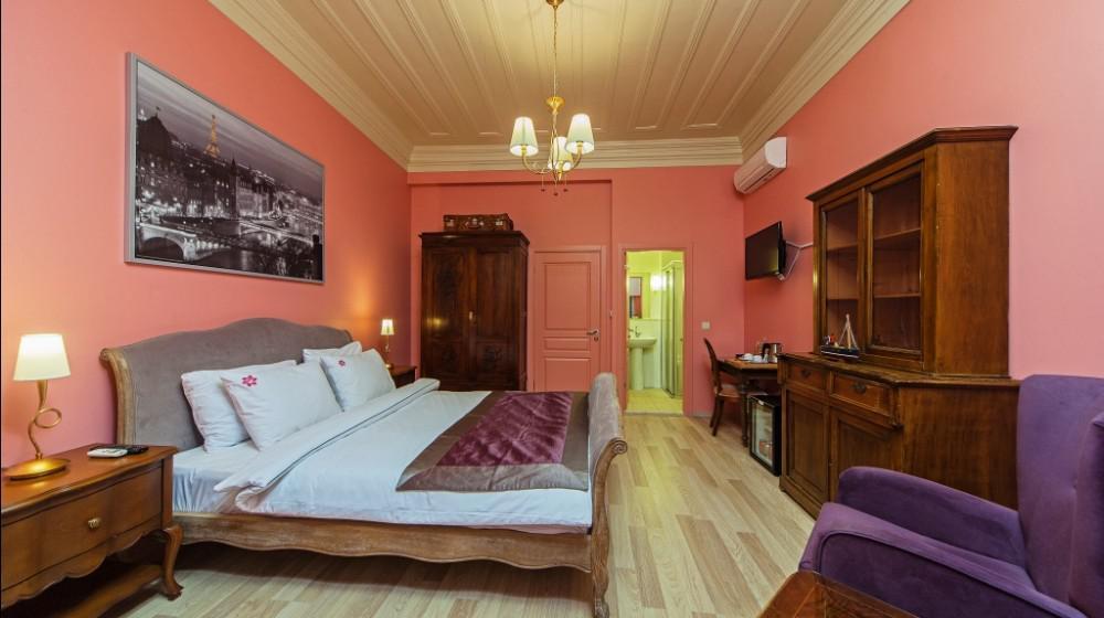 Meroddi Pera Hotel