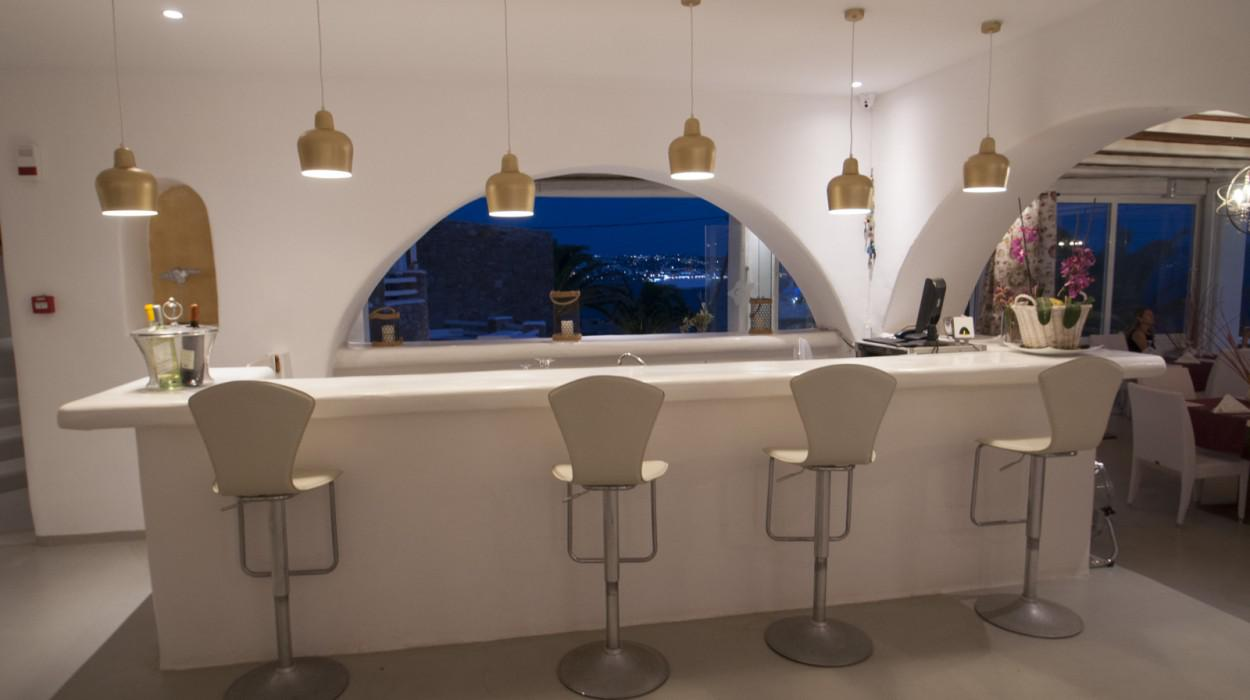 Mykonian mare luxury boutique hotel mykonos iles cyclades for Finest boutique hotels