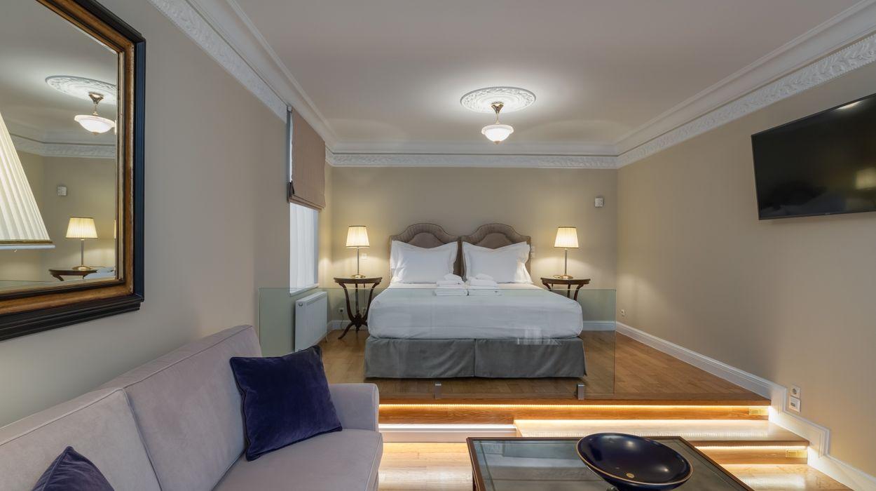 Noble Suites