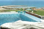 Harmony Suite Sea View with Heated Outdoor Whirlpool and Gym