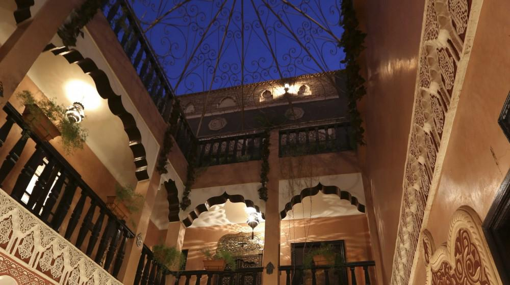 riad mille et une nuits in marrakech marrakech surroundings. Black Bedroom Furniture Sets. Home Design Ideas