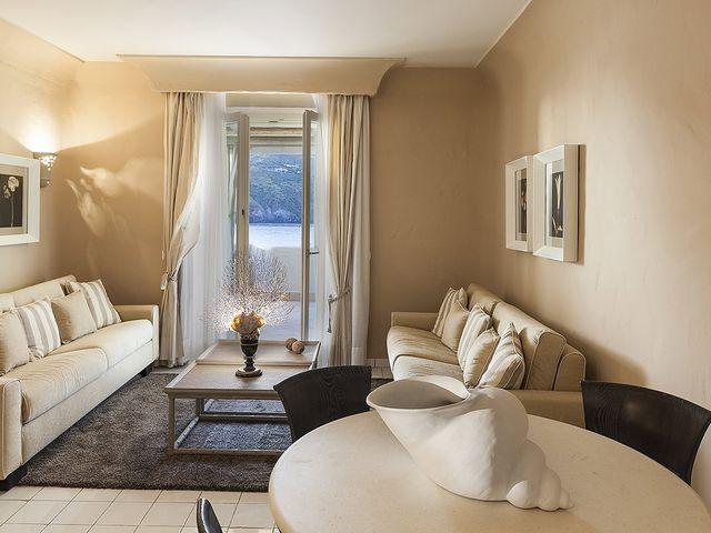 East Suite