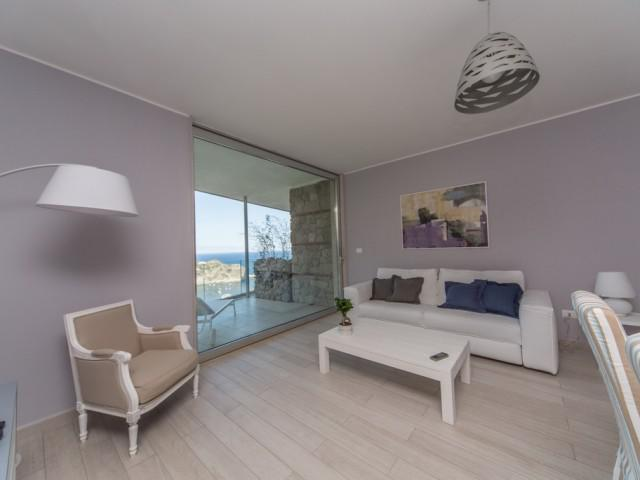 Apartment Dependance with Isola Bella view