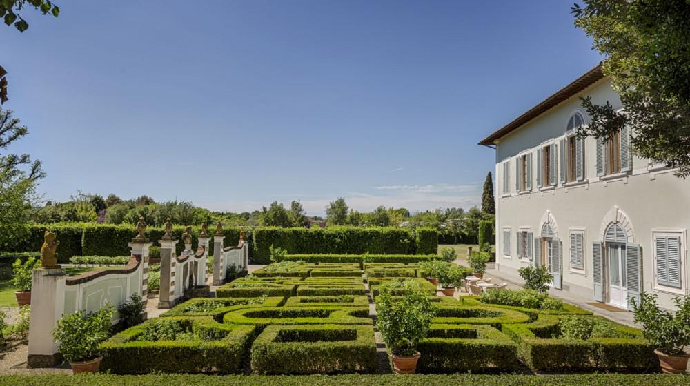 Villa olmi firenze a bagno a ripoli toscana for Villas firenze