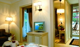 Suite with private swimming pool and jacuzzi