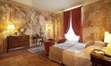 Fresco room