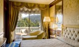 Presidential Suite with lake view