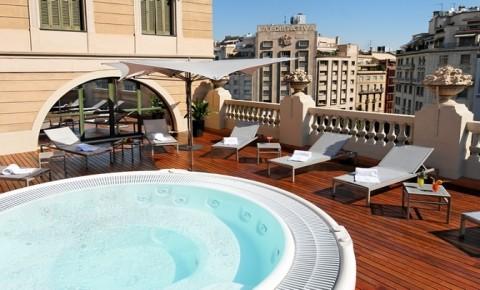 Hotel di lusso a barcellona eixample alberghi di charme for Palazzo in stile messicano